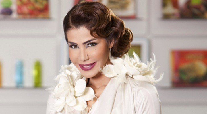 يمنى شري تخرج عن صمتها بعد نجاتها بأعجوبة من الحادث