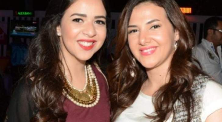 """شاهد إيمي ودنيا سمير غانم تغنيان معاً """"عايم في بحر الغدر""""-بالفيديو"""