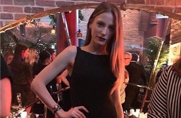 سيريناي ساريكايا فنانة مشوهة في مسلسلها الجديد