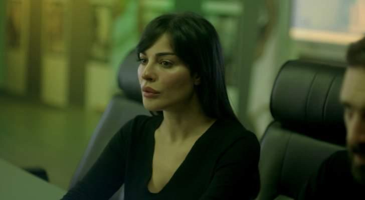 """نادين نسيب نجيم تبدع بمشهد تعرّضها للضرب في """"عشرين عشرين"""" وتضع المضمون في الأولويّة"""