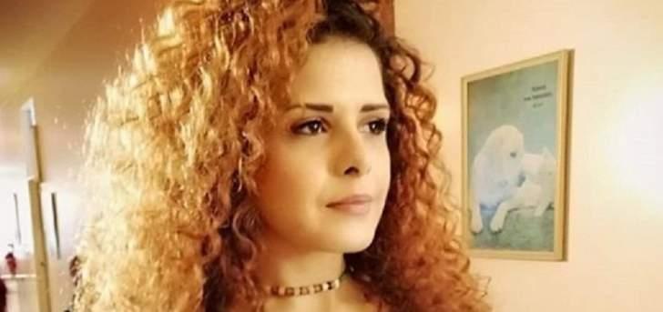 """يمنى بو حنا: لهذا السبب يظن البعض أنني """"ممثلة شابة"""" وأختار مايك ماسي وبديع أبو شقرا"""