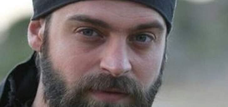خاص الفن- وفاة المخرج خالد حصوة يعيد إبنه إلى دمشق