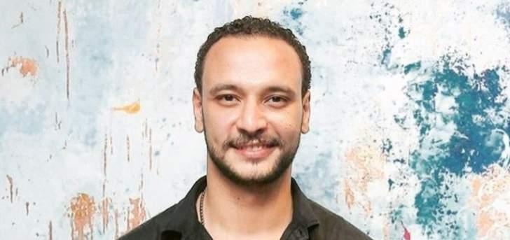 """أحمد خالد صالح ببطولة """"أنصاف مجانين"""""""