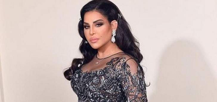 أحلام تثير الجدل بإطلالة كما لم تروها من قبل.. فستان قصير مع الشبك!