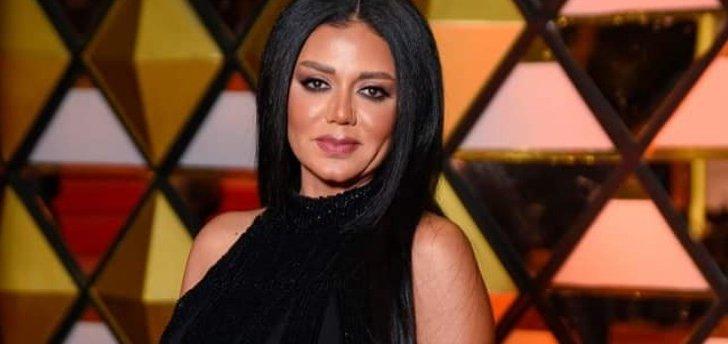 """رانيا يوسف من برشلونة مع """"أجمد رئيس نادي"""" - بالصورة"""