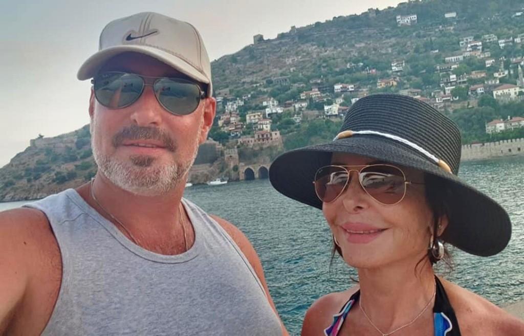 لحظات لا يفوتها يورغو شلهوب..ووالدته إلسي فرنينة تخطف الأنظار في اليونان