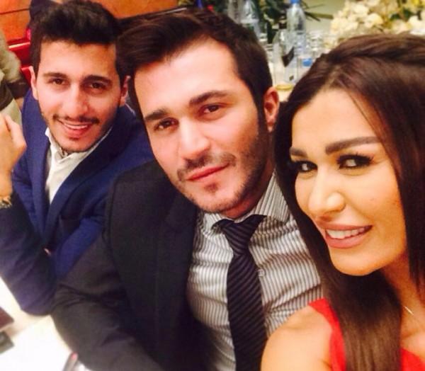 شقيق نادين الراسي يفضح شقيقتهما ساندرين ويكشف علاقتها المخلة بالآداب