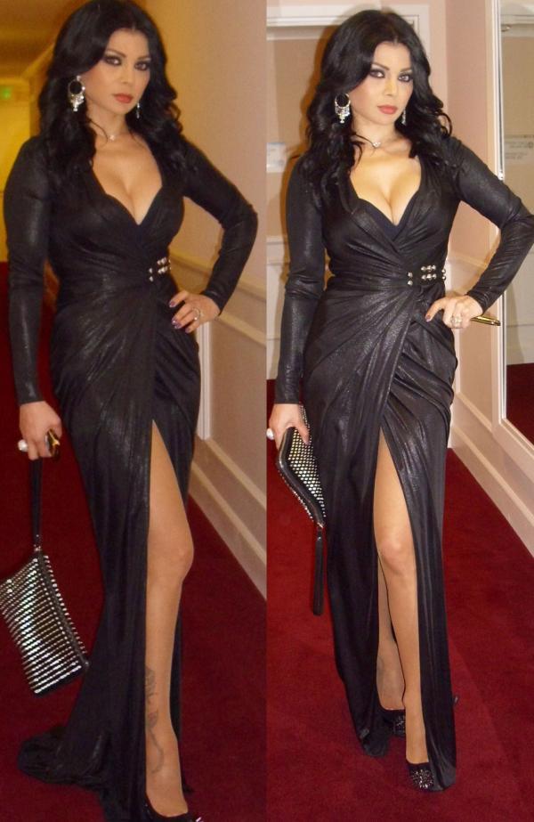 هيفا وهبي توافق على إعارة ميشيل أوباما..فستانها