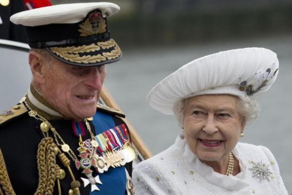 الأمير فيليب نصح الأمير هاري بالإبتعاد عن ميغان ماركل
