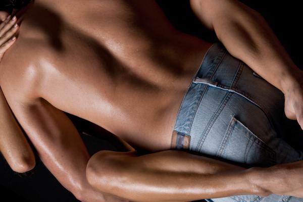 ممارسة الجنس تحفز الرجال على أكل اللحوم أكثر