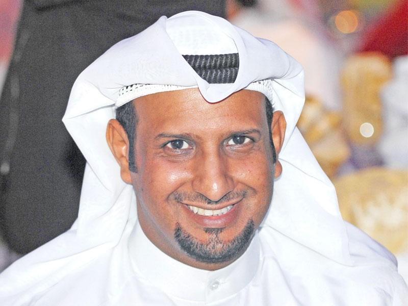 بعد تعافيه.. خالد العجيرب لوزير الصحة الكويتي :إنت معانا ولا علينا؟-بالفيديو