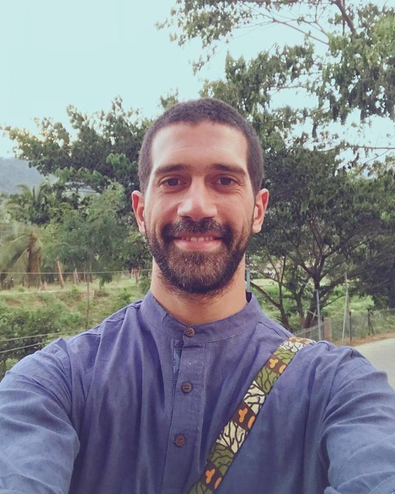 """أحمد مجدي: زوجتي وصفت مشاهدي في هذا العمل بالـ """"مبالغ فيها"""""""