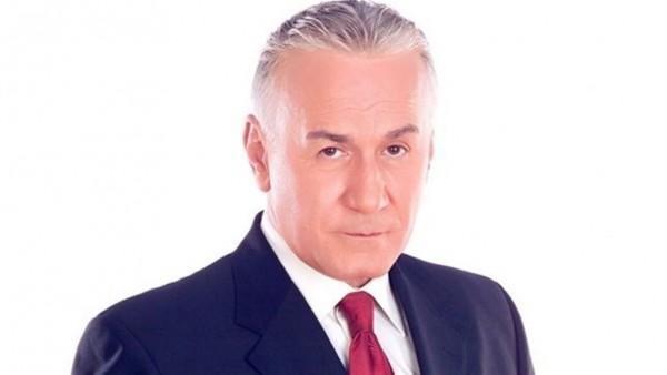 عزت أبو عوف يتعرض لأزمة صحية شديدة