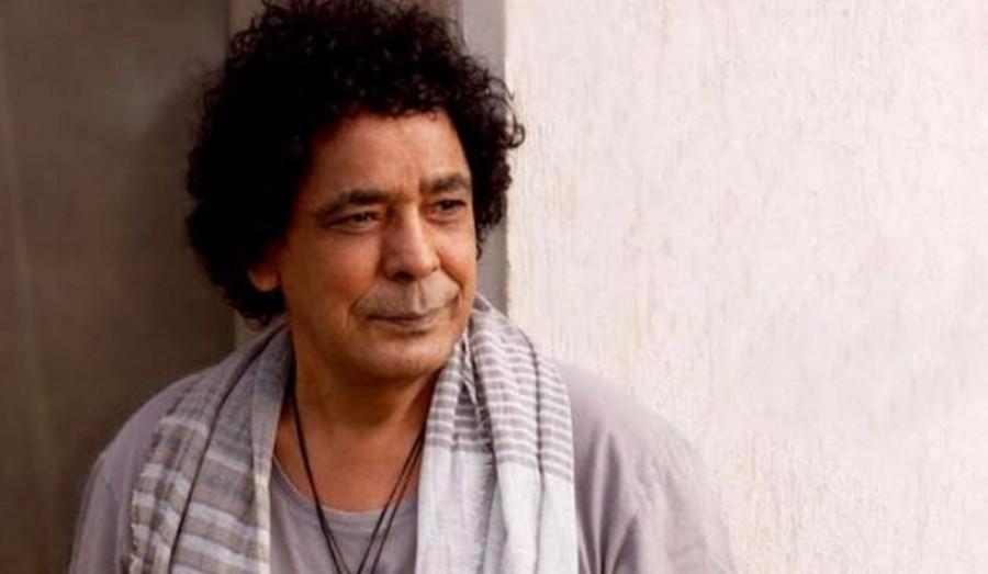 """محمد منير يطرح """"ابعد عنيك عني""""-بالفيديو"""