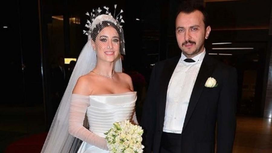 فستان زفاف هازال كايا الأكثر انتشارا في تركيا
