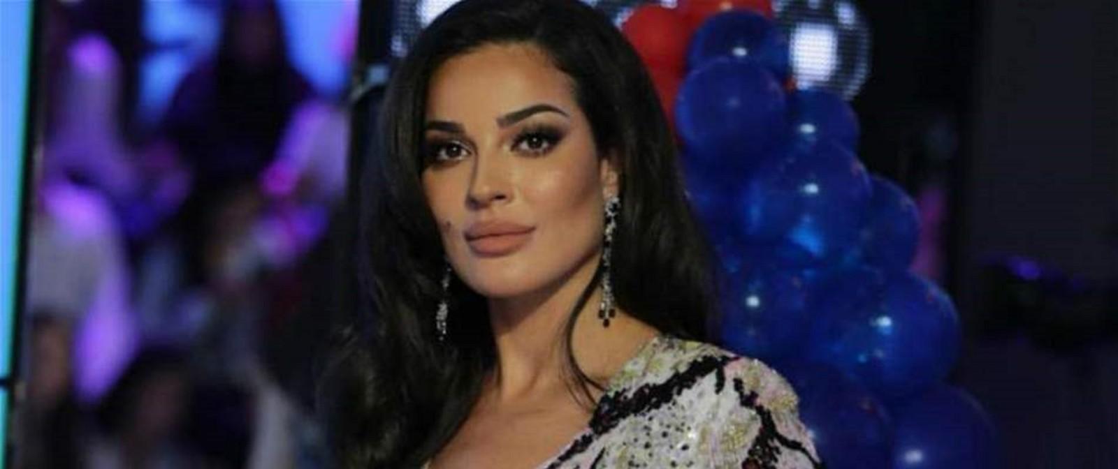"""نادين نسيب نجيم بإطلالة مبهرة وتقول: """"شو رأيكن انتو؟""""-بالصورة"""