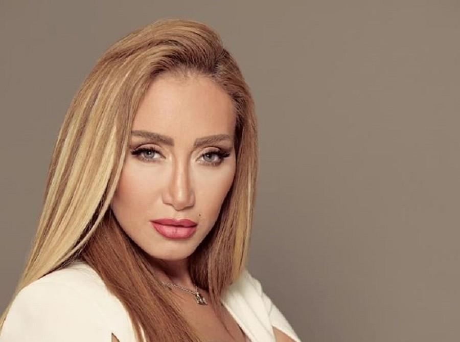 """ريهام سعيد تشن هجومها على أحمد حسن : """"مامتك لو خست هتبقى أحلى"""""""