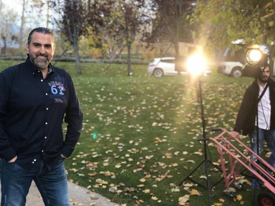 """زياد صالح يطلق كليب """"لعبي غيرا""""..بالفيديو"""