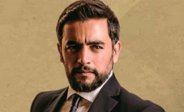 """هاني سلامة ينتهي من تصوير """"قمر هادي"""" بعد 10 أيام"""