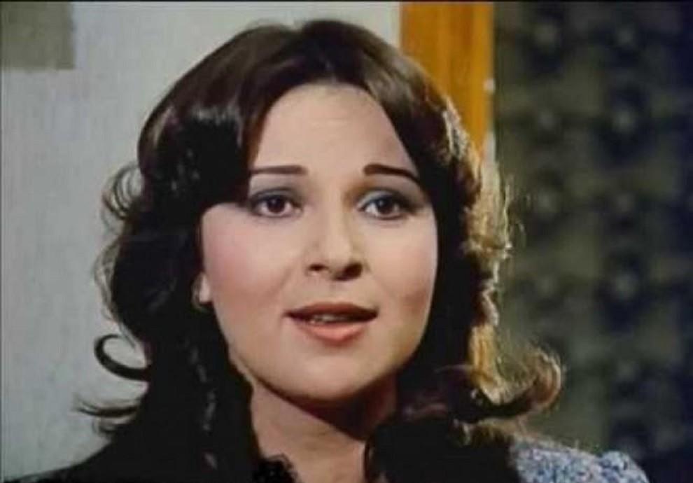نورا من نجمات السبعينيات.. إعتزلت الفن بسبب آية قرآنية وتزوّجت مرتين