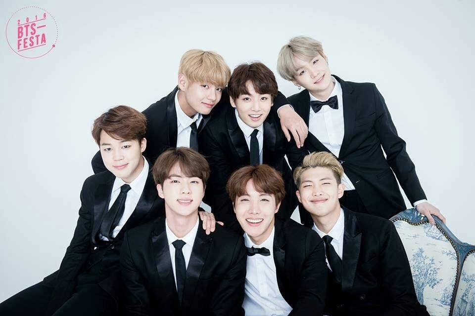 تعرفوا على فرقة  BTS الكورية التي حققت نجاحاً خيالياً في العالم