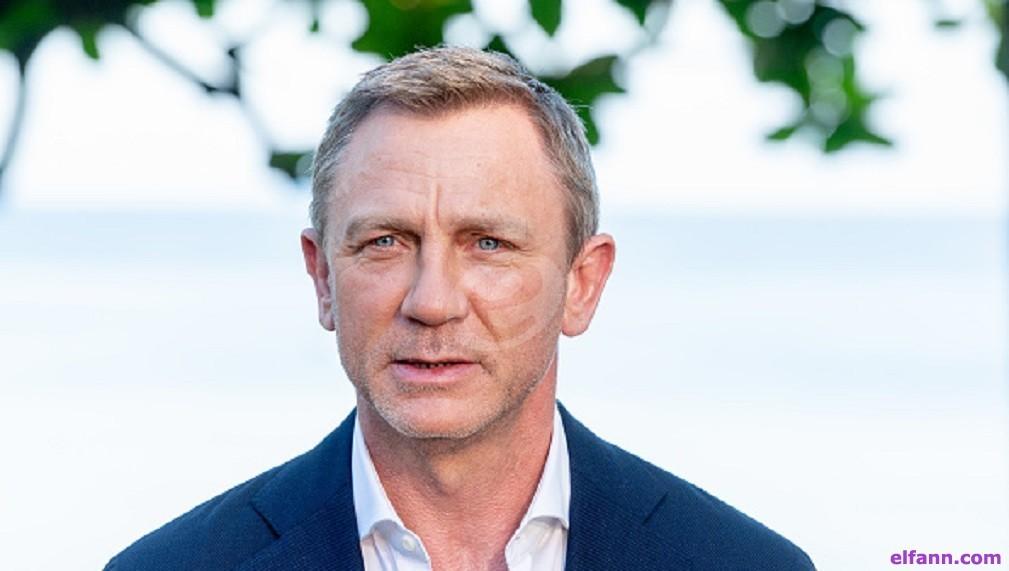 إلقاء القبض على رجل يتجسس على السيدات في الحمام بكواليس فيلم Bond25