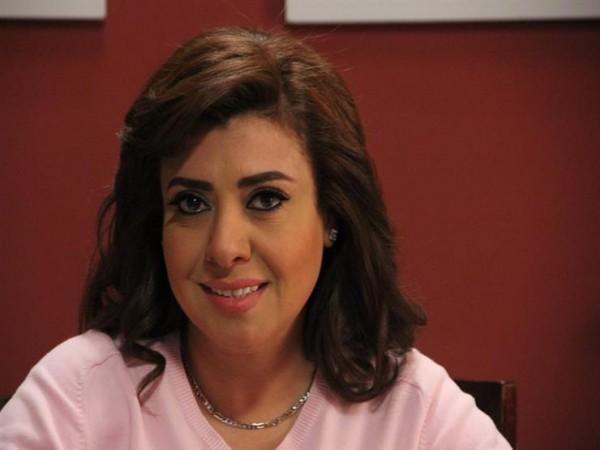 نشوى مصطفى تكشف عن عمرها الحقيقي-بالفيديو