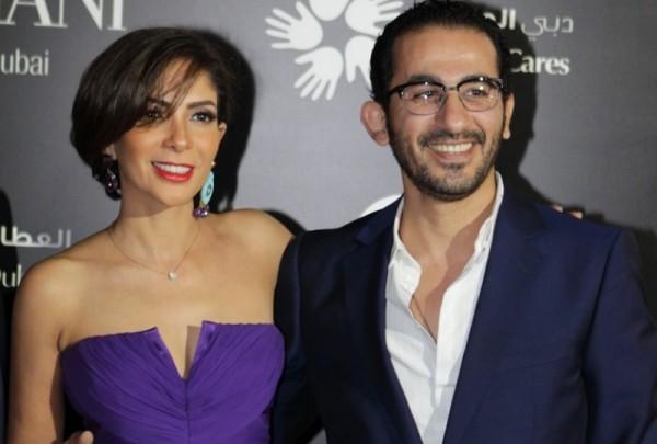 صورة نادرة من زفاف أحمد حلمي ومنى زكي بعد أن مُزّقت- بالصورة