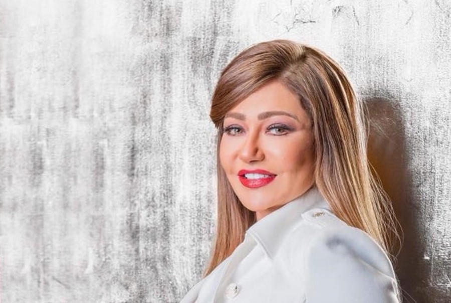 ليلى علوي تكشف عن اوّل دور بطولة لها..ولهذا السبب فخورة-بالفيديو