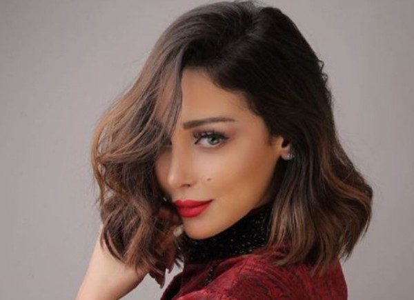 بسمة بوسيل تعلّق على مشاركة أسيل عمران بطولة كليب زوجها- بالصورة