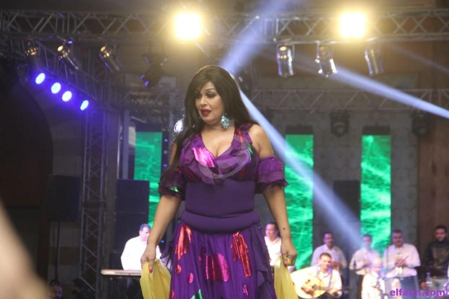 خاص الفن- فيفي عبده تكشف أسرارها لـ عمرو أديب بـ300 ألف جنيه