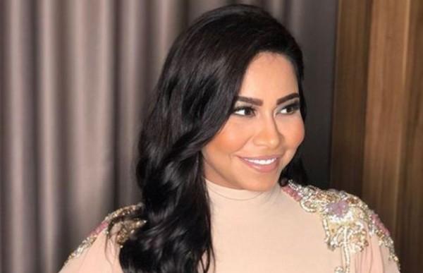 شيرين عبد الوهاب تتعرض للانتقادات بسبب استخدامها المفرط للفوتوشوب وبمن شبهها المتابعون؟