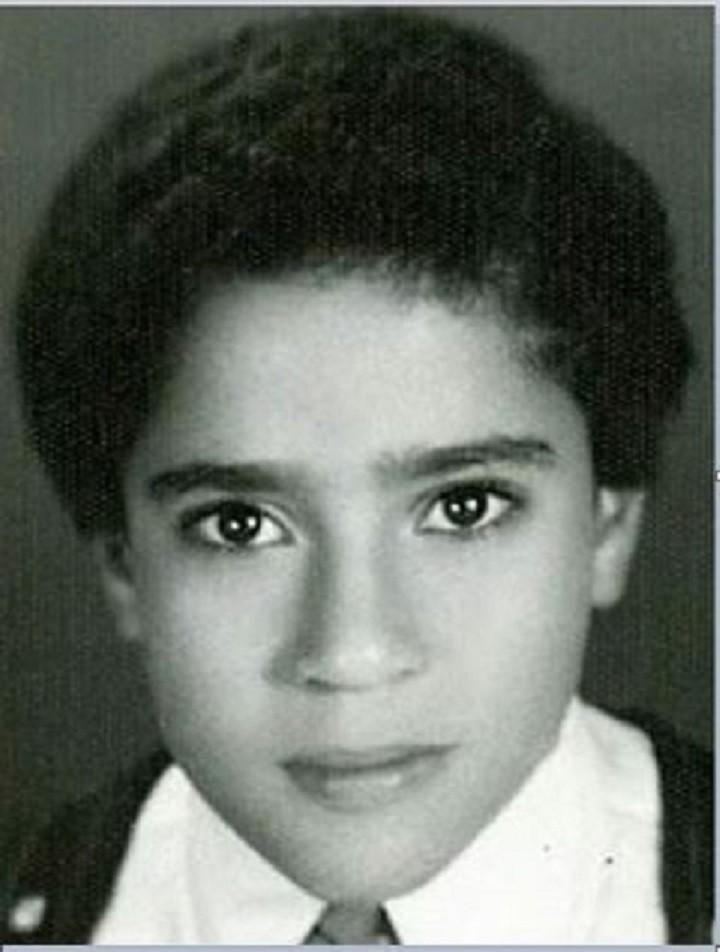 خمنوا من هذا الطفل ممثل مصري مشهور؟