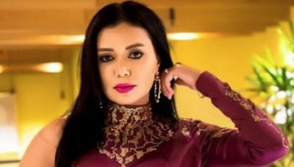 محامي رانيا يوسف: مقدمو البلاغات ضد رانيا لم يتنازلوا عن الدعاوى وهم يبحثون عن الشهرة