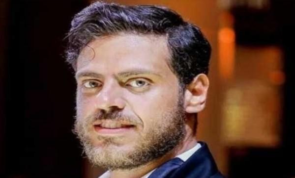 """طارق صبري يهنّئ فريق عمل """"قصة حب"""""""