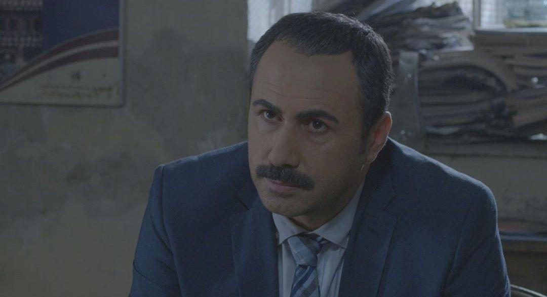 خالد القيش ينشر صورته بدور العميد عصام وهكذا علق