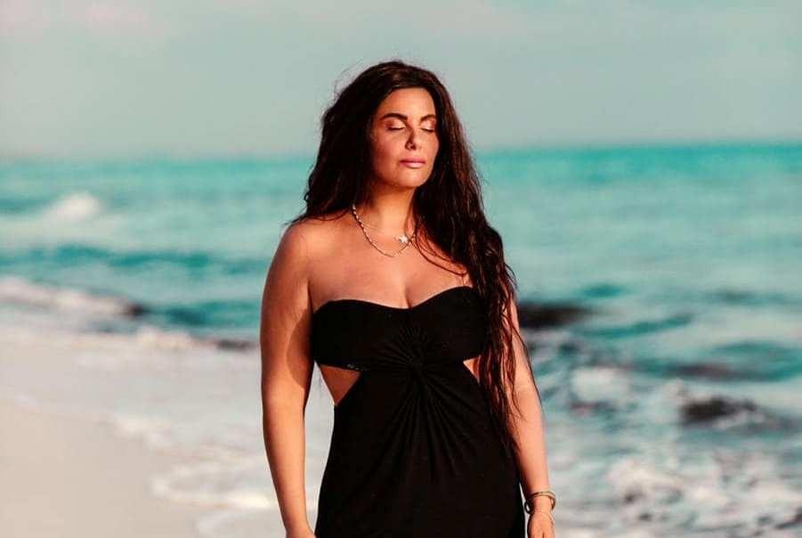 """دانا حمدان للفن: اعجبت بأجواء """"حواديت الشانزليزيه"""" وأتمنى عمل هذا مع شقيقتي"""