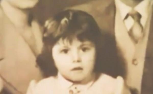 خمنوا من هي هذه الطفلة التي أصبحت فنانة لبنانية