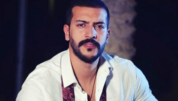 عيسى المرزوق يشوّق محبيه لأغنيته الجديدة- بالفيديو