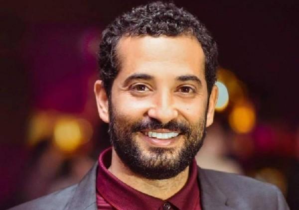 """بالفيديو- عمرو سعد يحتفل بتظاهرة من أجل """"حملة فرعون"""""""
