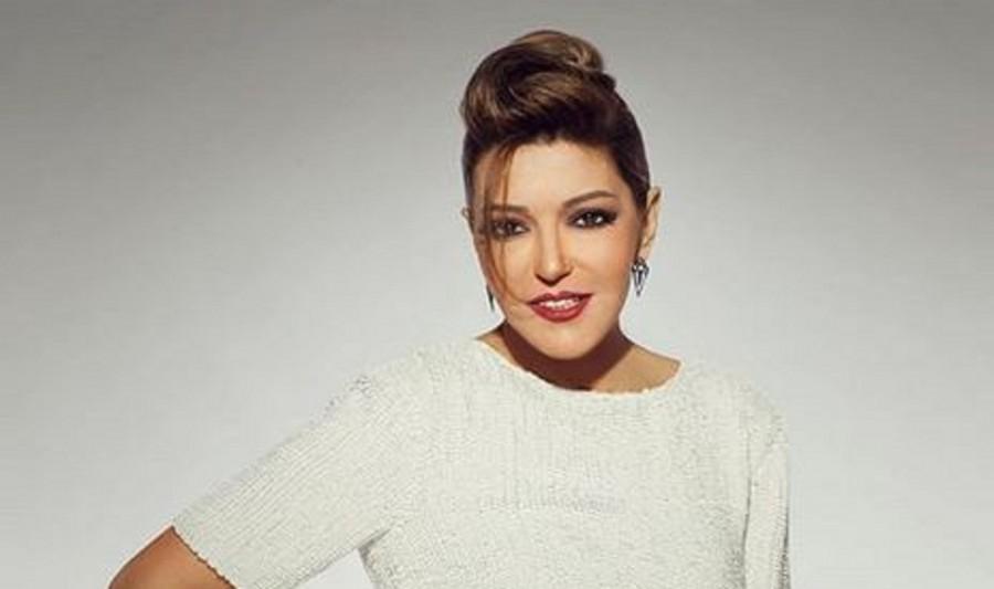 """""""إنسان آلي"""".. جديد سميرة سعيد من ألبومها الجديد"""
