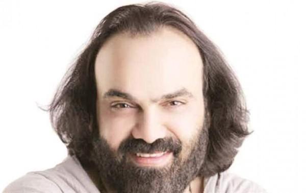 نادر أبو الليف ينتهي من تسجيل أغنيته الجديدة