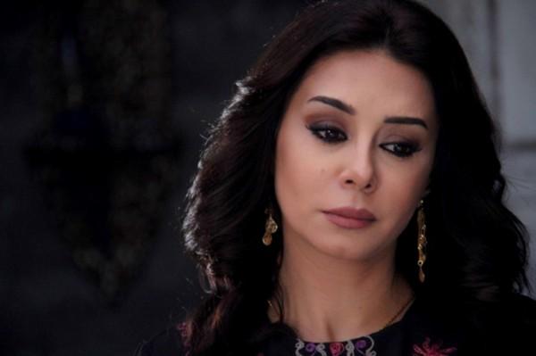 كاريس بشار تخرج عن صمتها وتنتقد الـ LBCI
