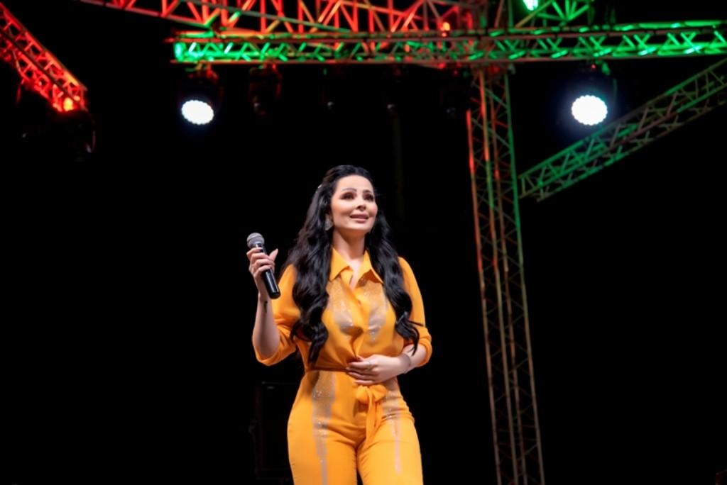 ديانا كرزون تتألق في مهرجان صيف عمان..بالصور