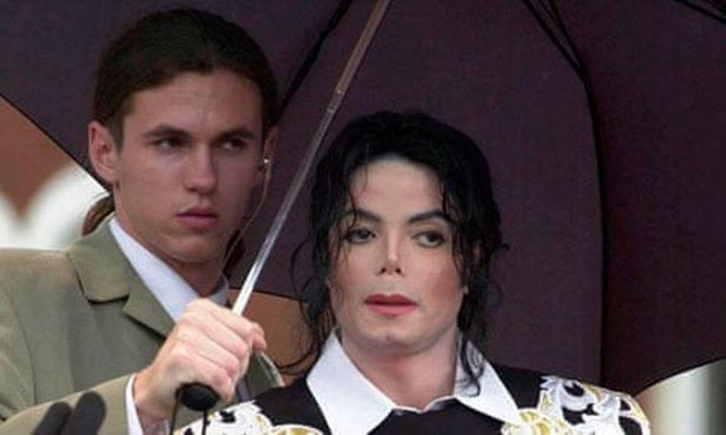 قتل مايكل جاكسون بجرعات كبيرة من عقار يكفي لقتل حيوان وحيد القرن