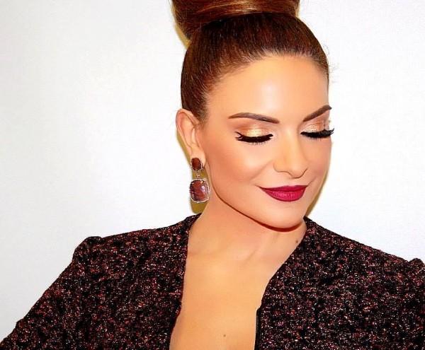 هكذا بدت هيلدا خليفة في حفل ملكة جمال لبنان منذ 20 عاماً- بالفيديو
