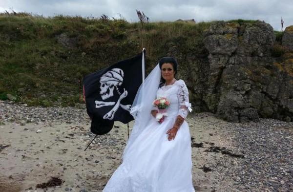 إنفصلت عن زوجها الشبح بعد زواج إستمر لـ11 شهراً - بالصور