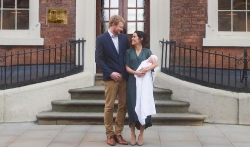 الأمير هاري وميغان ماركل يرزقان بطفلهما الأول!بالصور