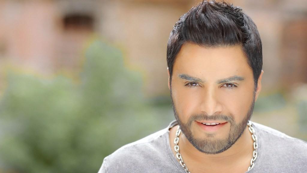 هشام الحاج يتألق بحفلين غنائيين-بالصور