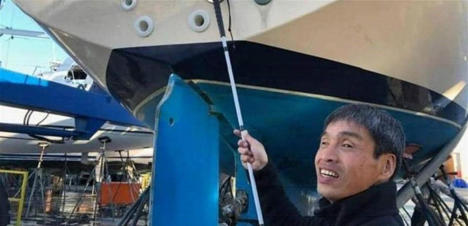 أول مكفوف يعبر المحيط الهادئ